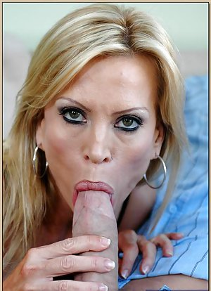 Pussy and Blowjob Pics