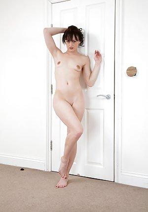 Tiny Tits Pics